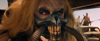 Immortan Joe, o vilão do filme