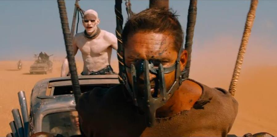 Tom Hardy como Mad Max